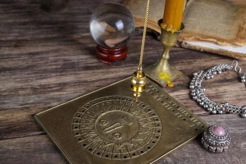 mon-avenir-voyance-be-radiesthesie-outil-divinatoire